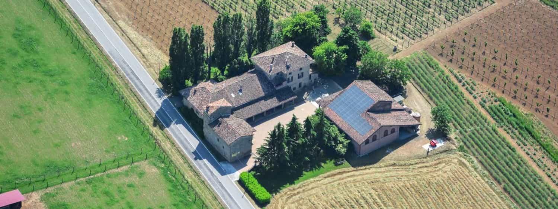 casa benna vista dall'alto piacenza castell'arquato